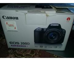 canon 200D 18-55mm with box