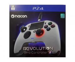 Barely Used PS4 Nacon Revolution Pro Controller 2